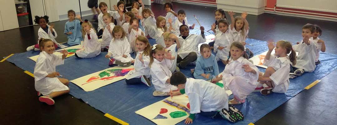 children enjoying a dan tien party with creative arts activities